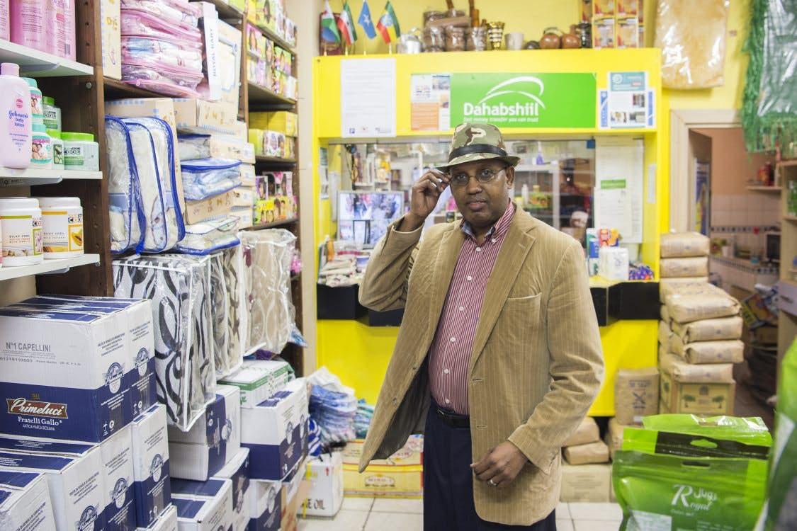 Allemaal Utrechters Rashid Abdi Ibrahim De Garoodi Supermarkt In