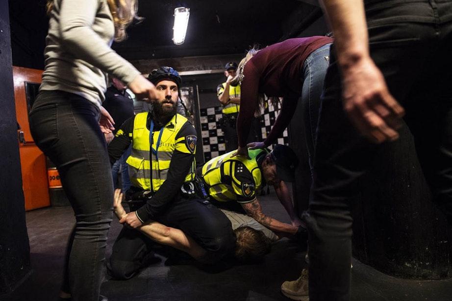 Vechtpartijen en dronken klanten; de politie traint in centrum Utrecht