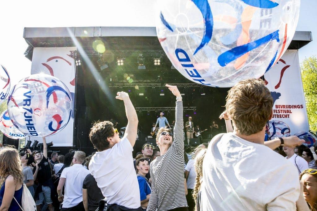Foto's: Een zonovergoten Bevrijdingsfestival