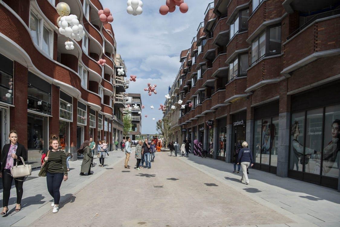 'Er moet tempo worden gemaakt met winkels en woningen Leidsche Rijn Centrum'