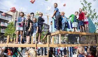Race met 10.000 stuiterballen voor Prinses Máxima Centrum in Leidsche Rijn Centrum