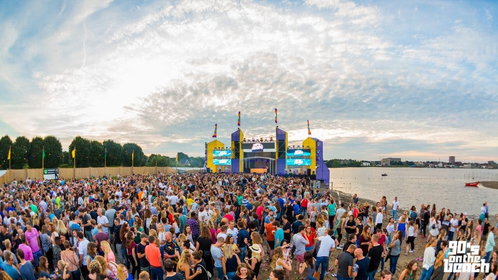 Toy Box en grootste helden uit 90's en 00's komen naar 90's on the beach in Woerden