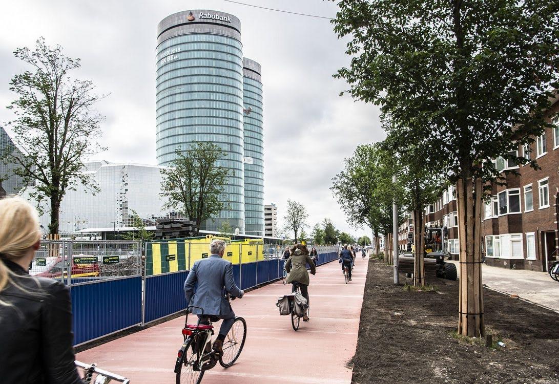 Herinrichting Croeselaan stap verder met opening nieuw fietspad