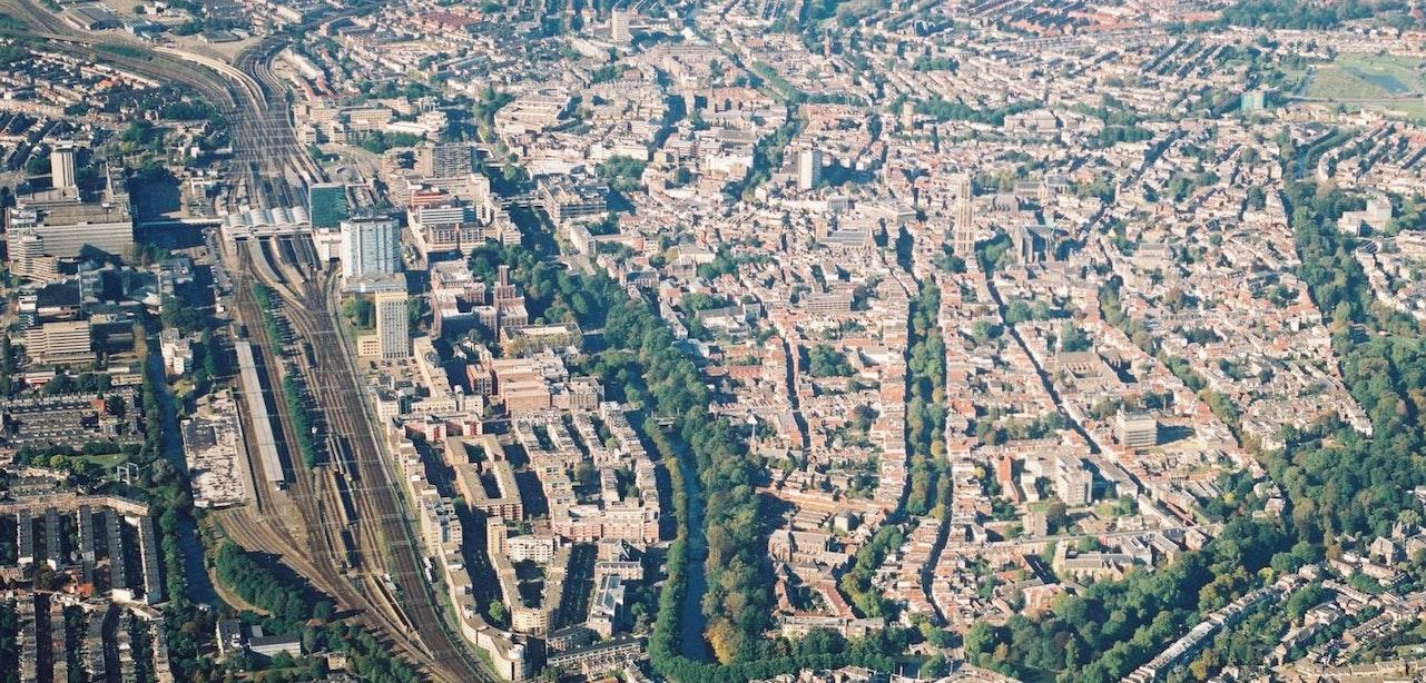 Provincie Utrecht roept hulp in om 2000 luchtfoto's op de kaart te plaatsen