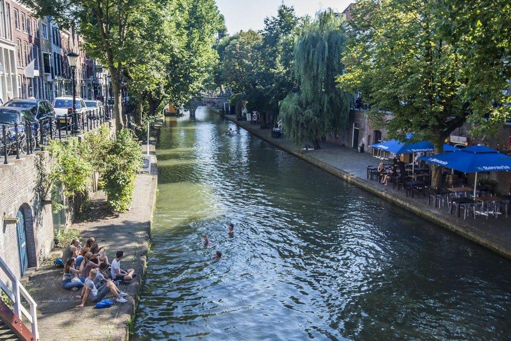 Zomerweer in de stad: hier kan je zwemmen in Utrecht