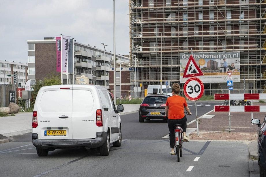 Tijdelijke fietspaden moeten problemen bij Marco Pololaan oplossen