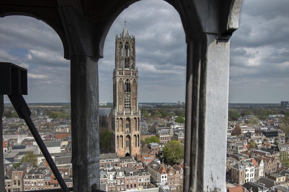 Stellingen over Utrechts nieuws: Eens of Oneens? Witte UU, bruisend LRC en MJ op de Dom