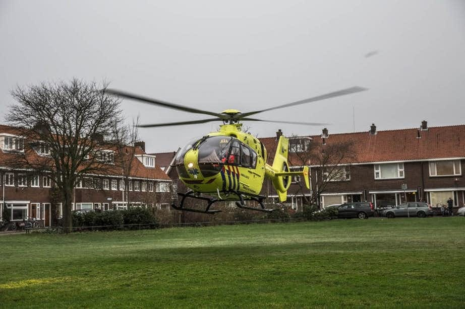 Meerdere ambulances rukken uit voor ongeval Rijnlaan