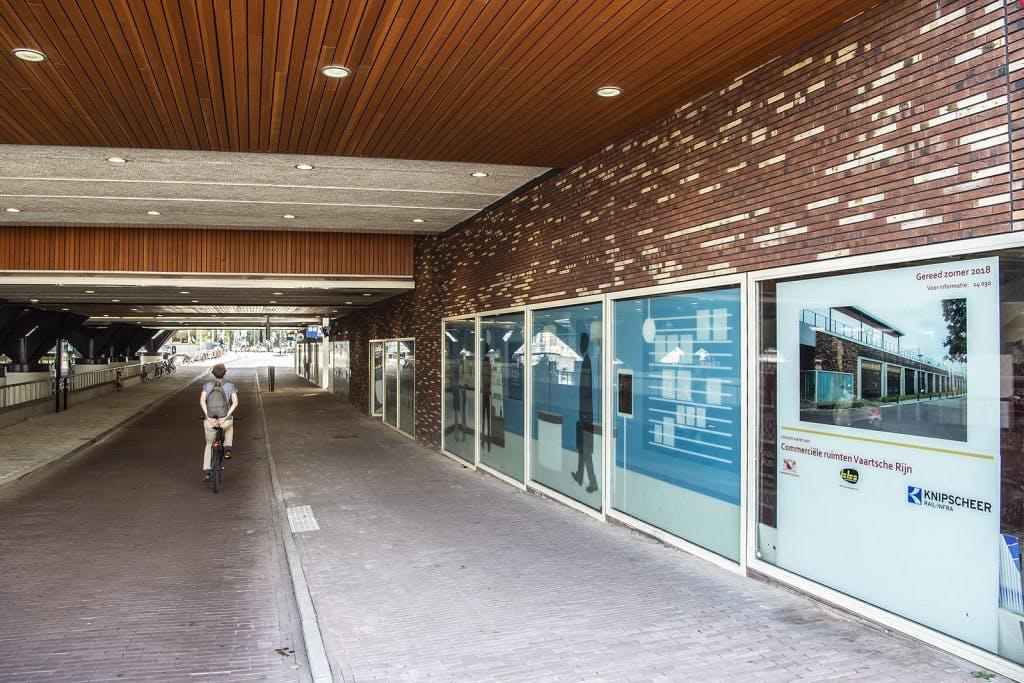 Supermarkt Coop opent in november winkel onder station Utrecht Vaartsche Rijn