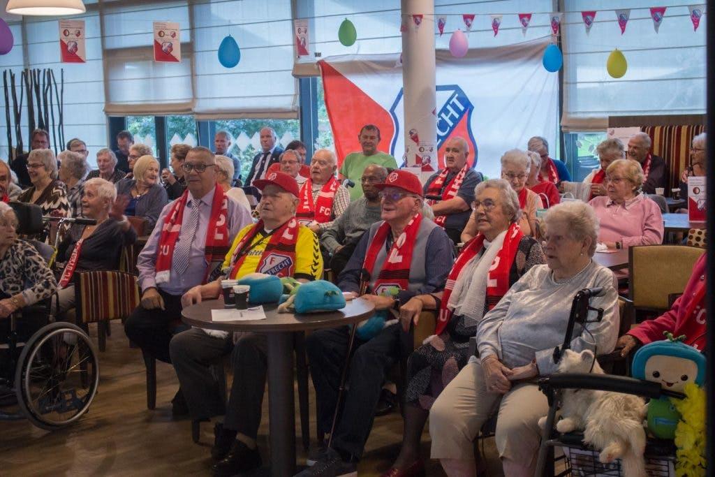 Foto's: Een verrassende voetbalmiddag in Woonzorgcentrum Transwijk