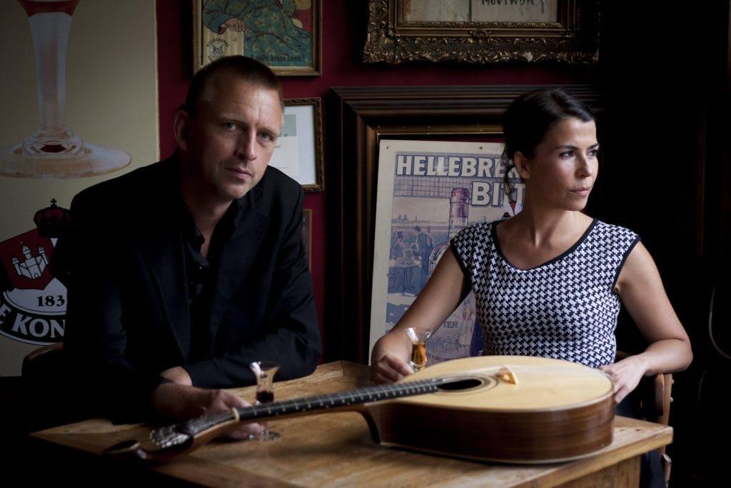 Winnaar Gouden Notekraker Magda Mendes op tournee in Utrechtse wijken