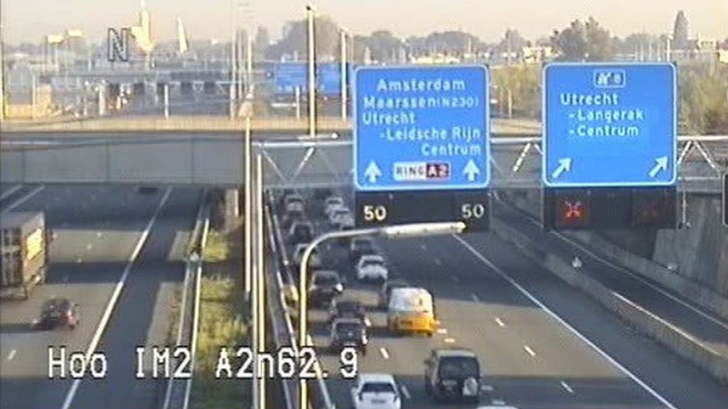 Ongeluk A2 bij Utrecht: drie rijstroken dicht