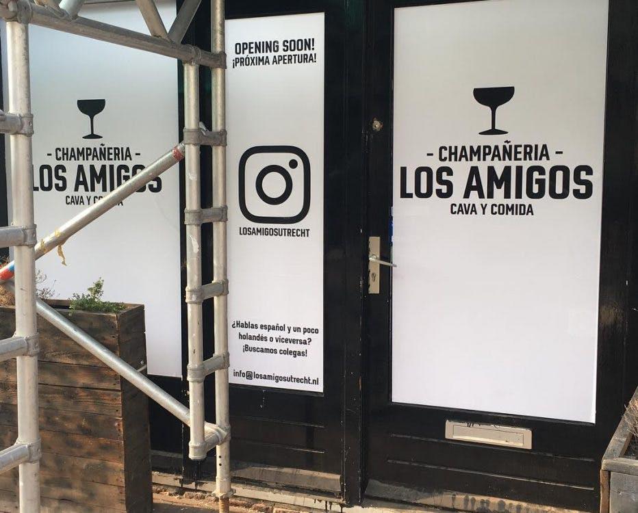 Eigenaren café De Vrienden openen Spaanse bar aan de Voorstraat: Los Amigos