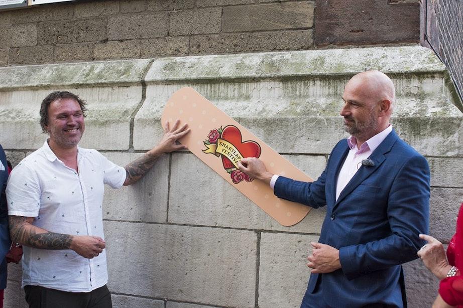Smartlappenfestival zet zich in voor renovatie Domtoren met bier en pleisters