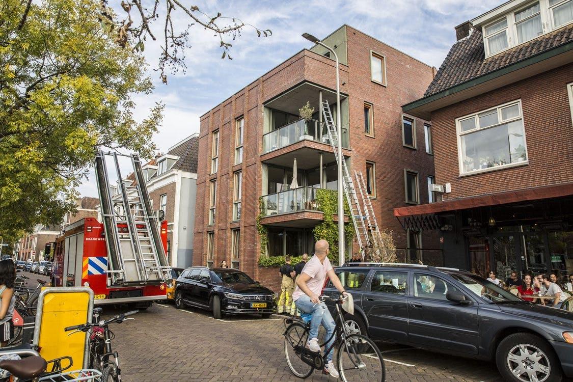 Brandweer moet baby redden nadat ouders zichzelf buitensluiten
