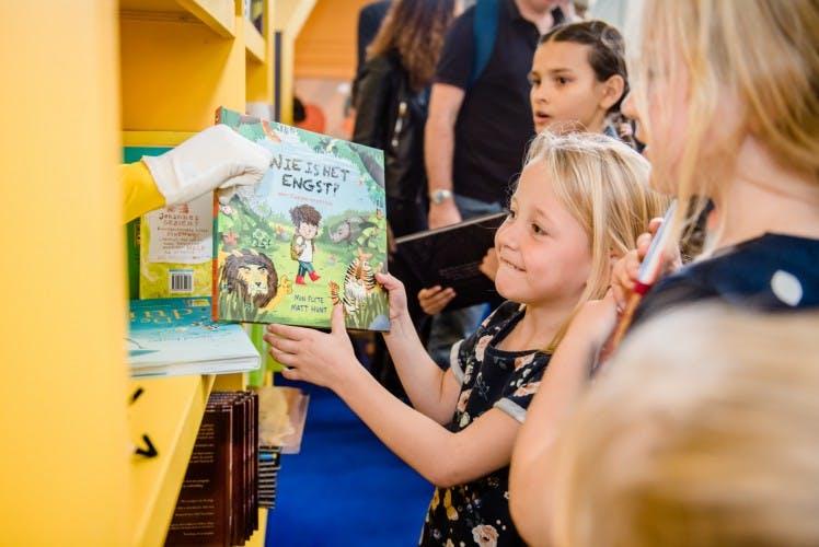 Kinderboekenruil met meer dan 1000 nieuwe boeken op Utrecht Centraal