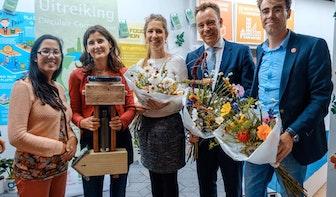 KrijgdeKleertjes winnaar Circulair Compliment tijdens Duurzame Week