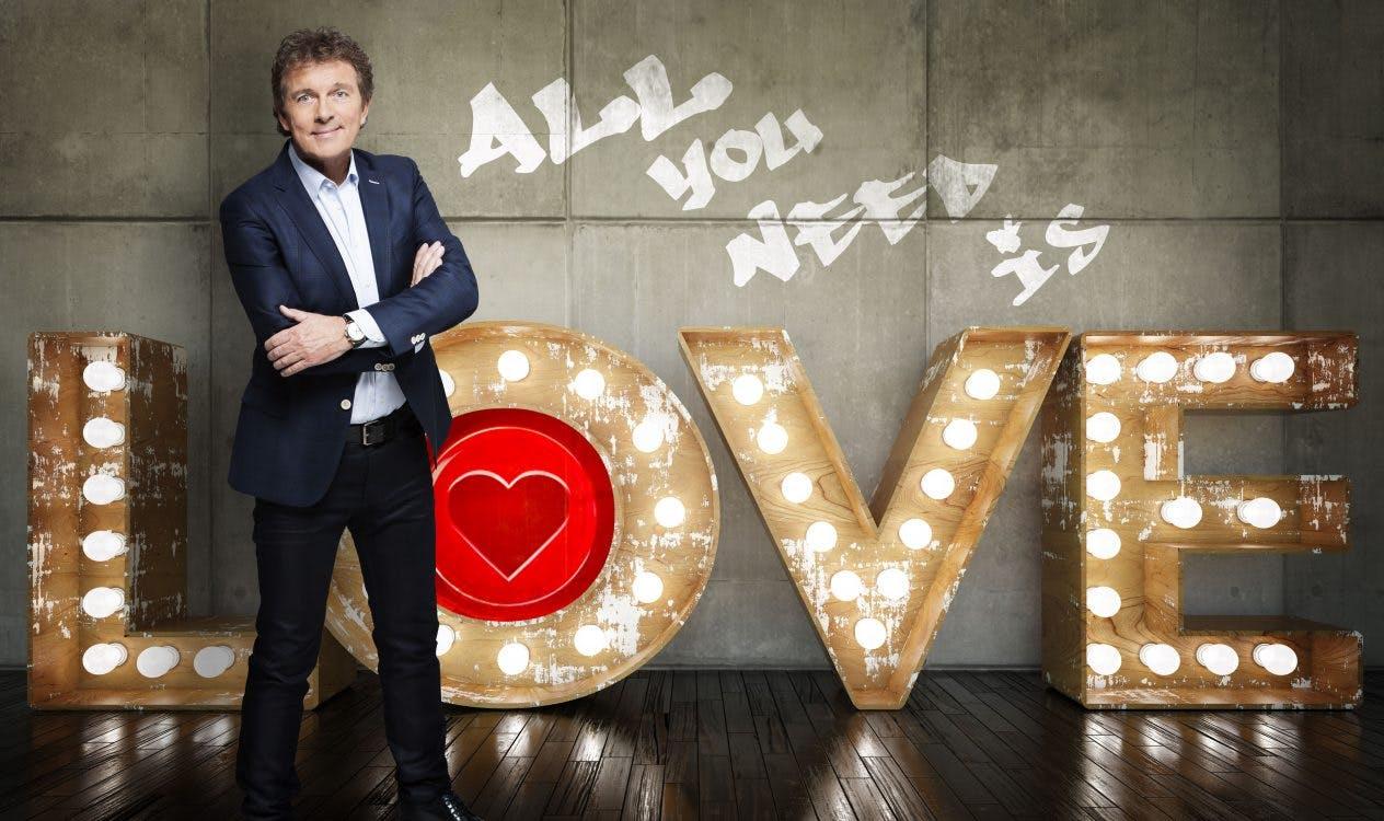 'Stewardessendans' van All You Need Is Love Kerstspecial komt naar Utrecht