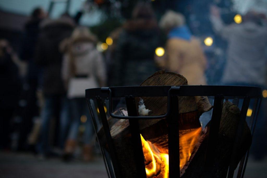 Dagtip: Lichtjesavond op begraafplaatsen Daelwijck en Tolsteeg