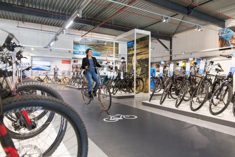 Fietsenwinkel Mantel opent een 'superstore' in The Wall