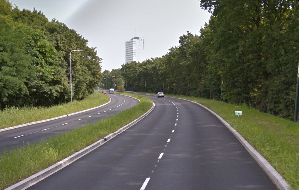 Vangrails Waterlinieweg niet nodig: 'Ongelukken kwamen door rijgedrag'
