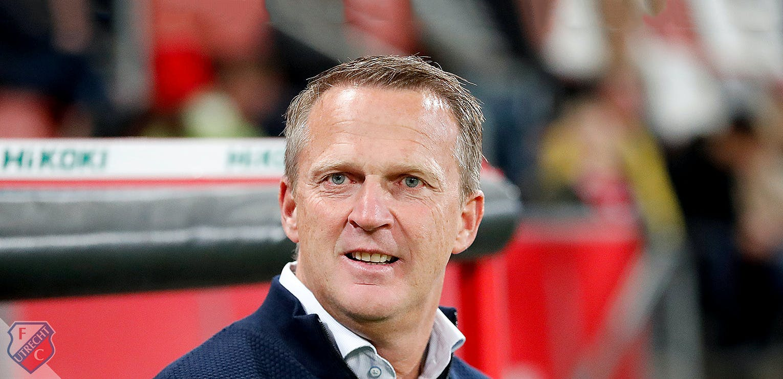 FC Utrecht bevestigt aanstelling John van den Brom als nieuwe hoofdtrainer