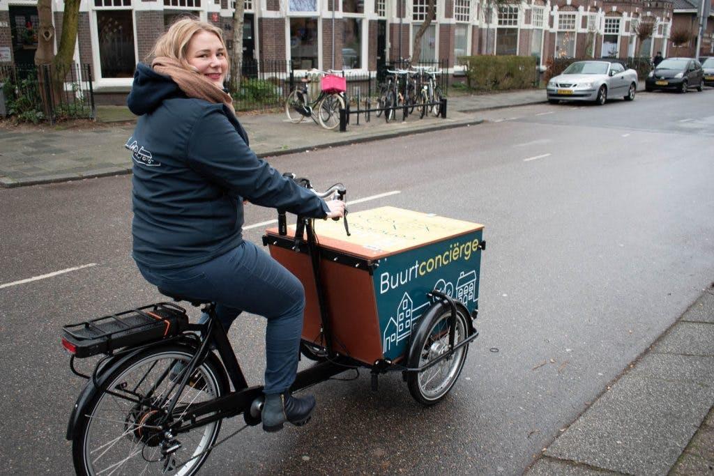 De eerste buurtconciërge van Utrecht: 'Ik ga elke keer op avontuur door de wijk'