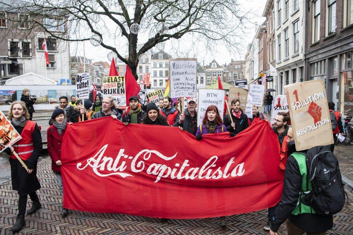 Demonstratie Rode Hesjes in Utrecht: 'Het is genoeg geweest!'