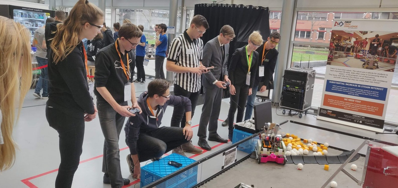 Utrechtse scholieren naar Barcelona voor roboticawedstrijd