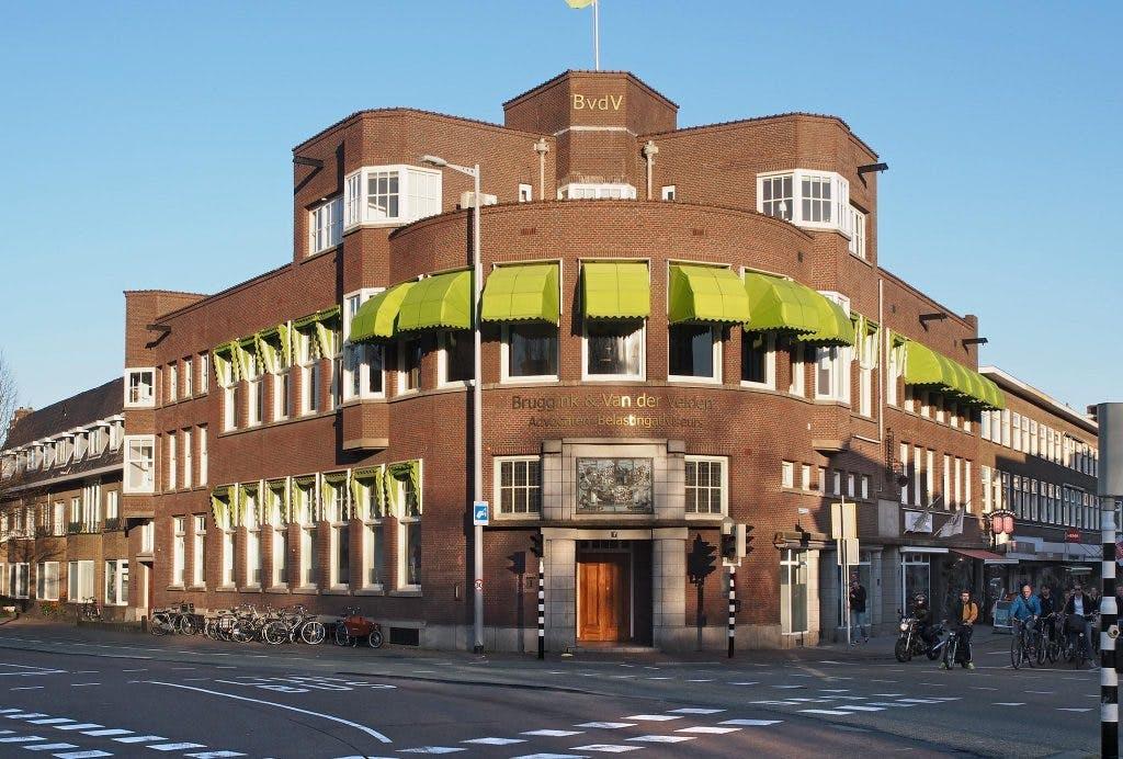 Wittevrouwensingel 1: De Nederlanden en Sociëteit Tivoli