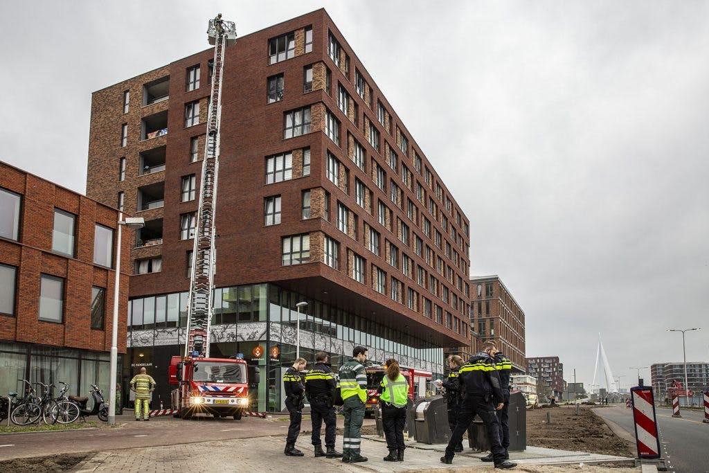 Woning met dure spullen bewaakt na brand