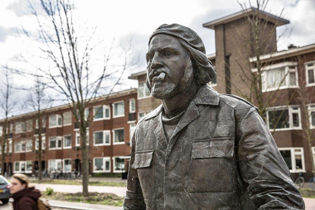 PVV niet blij met levensgroot standbeeld van Che Guevara in Utrecht