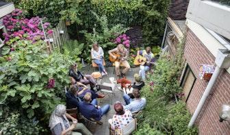 Optredens in de achtertuin tijdens Struinen in de Tuinen