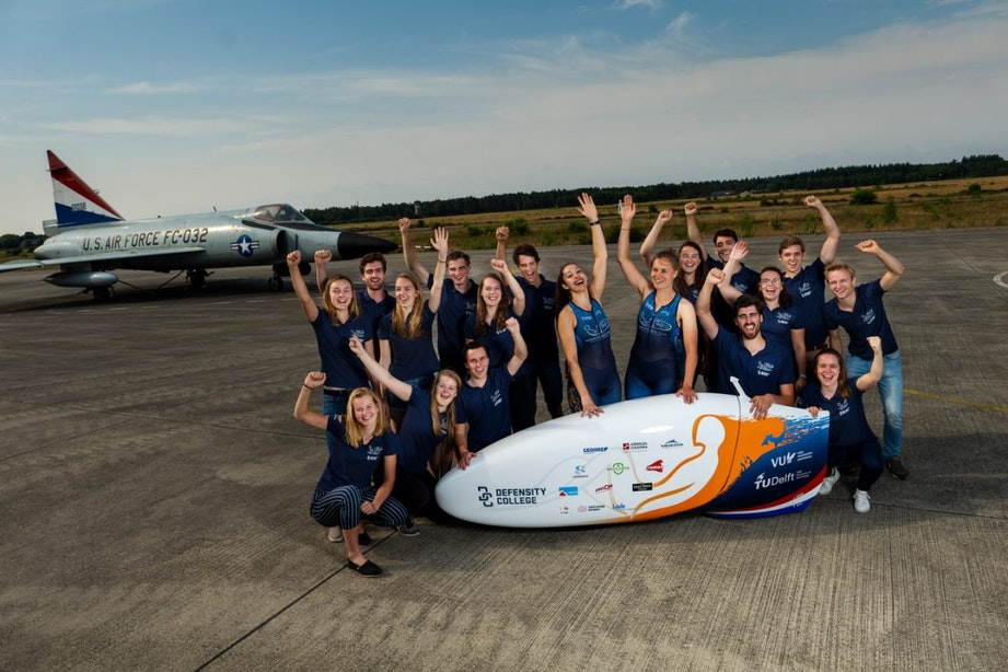 Utrechtse Rosa Bas wil wereldrecord snelfietsen verbreken