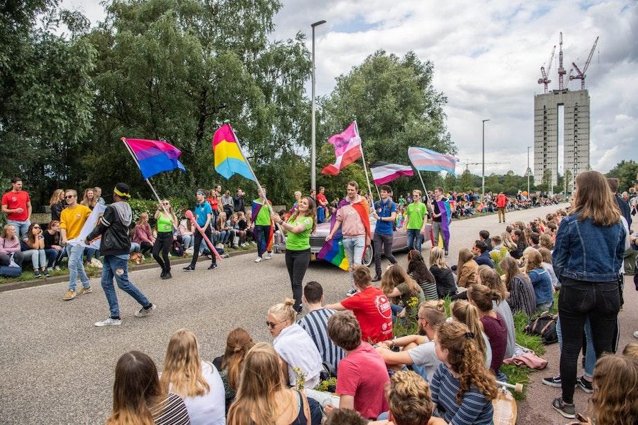 Foto's: Parade van studentenclubs tijdens UIT