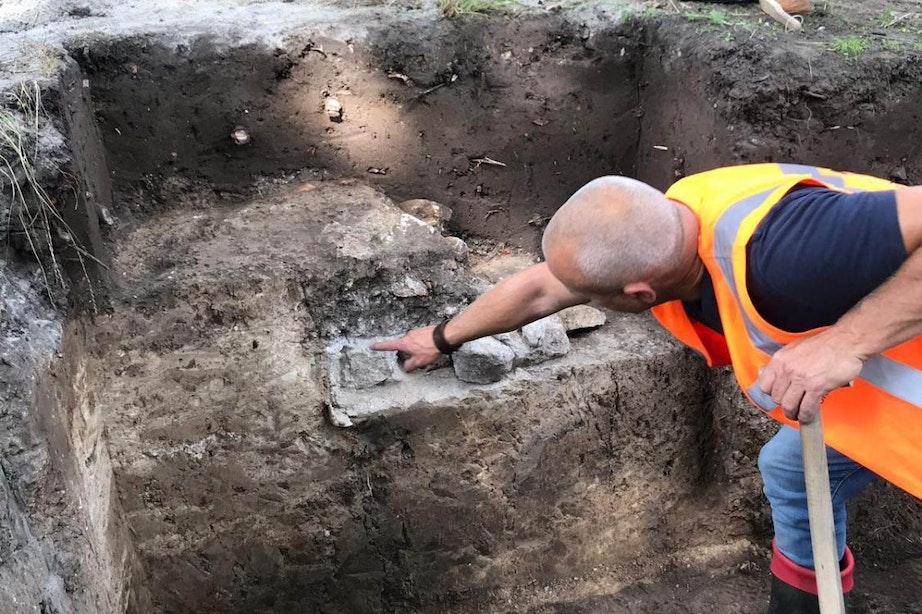 Restanten van de eerste stadsmuur van Utrecht gevonden
