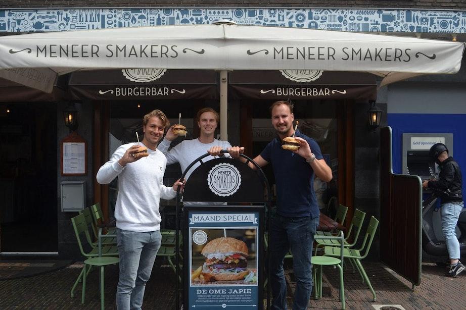 Utrechtse krekelburger op het menu bij Meneer Smakers: wordt dit de doorbraak?
