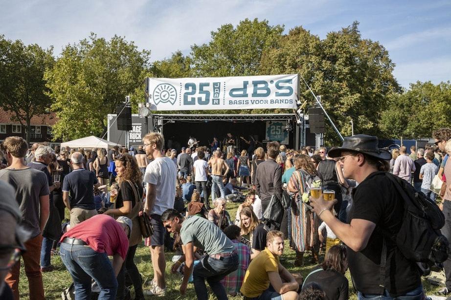 dB's viert 25-jarig bestaan met zonnig festival