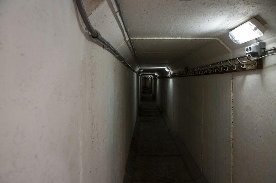 Koude Oorlogsmonument Fort Lunet I opent stalen deuren