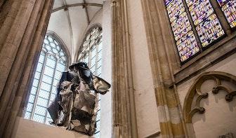 Geen nieuwe plek voor kunstwerk De Mantel dat Domkerk moest verlaten