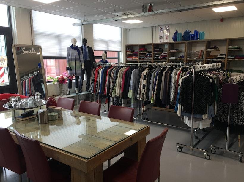Kledingwinkel voor minima Dress for Success zoekt nieuwe plek