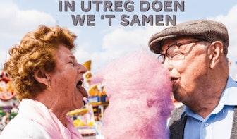 Meezingen met tranentrekkers tijdens Smartlappenfestival Utrecht