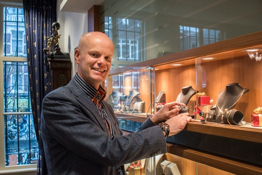 Juwelier Punte al 60 jaar in de Choorstraat: 'Het is een bijzonder vak'