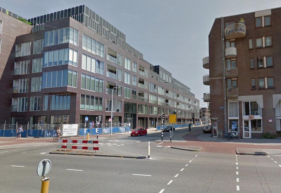 Nieuwe inrichting kruispunt: afslagverbod van Oudenoord naar Kaatstraat