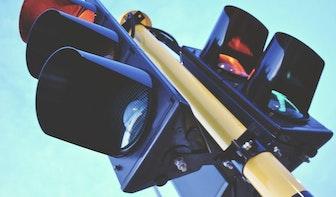 Gemeente ziet niks in plaatsen van aftelstoplichten voor auto's