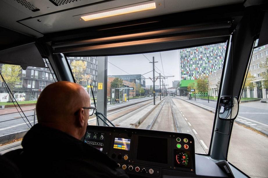 Asfalt tram- en busbaan Uithoflijn nu al aan vervanging toe