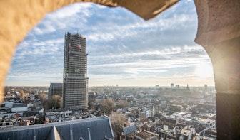 Stadsbeiaardier Malgosia Fiebig brengt ode aan overleden Utrechter Jeroen van Merwijk