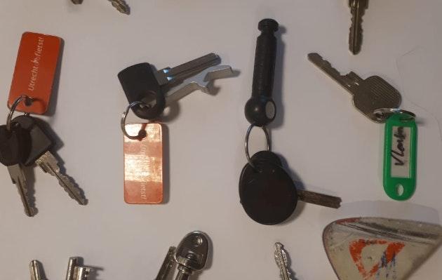 Eigenaren gezocht van bonte verzameling gestolen spullen