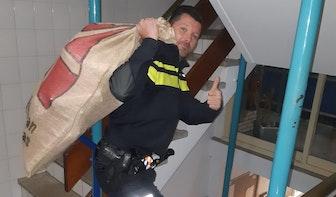 Bewoner Overvecht vindt gestolen cadeaus op pakjesavond en besluit zelf Sinterklaas te spelen