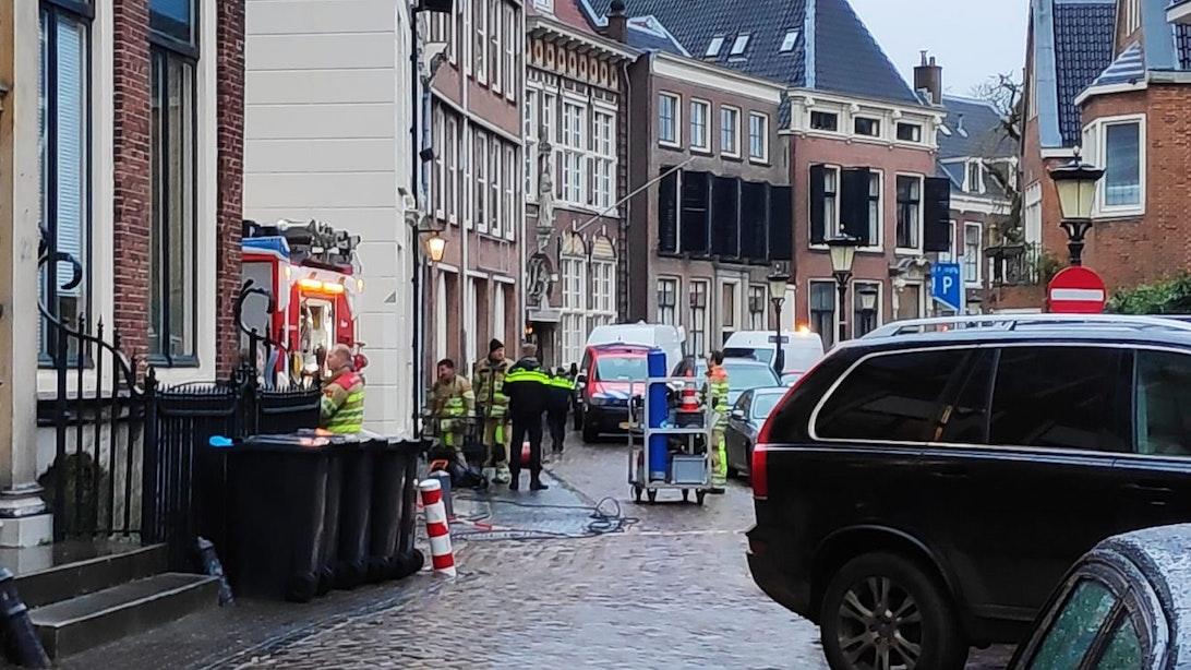 Gedeelte Kromme Nieuwegracht afgesloten vanwege gaslek